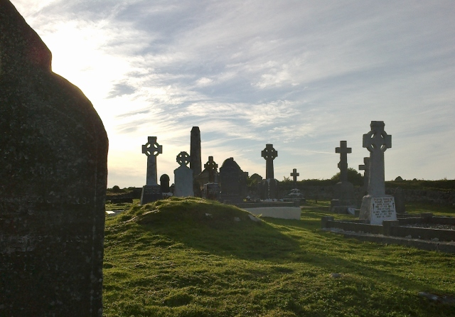 Celtic crosses in the graveyard at Inis Cathaigh.